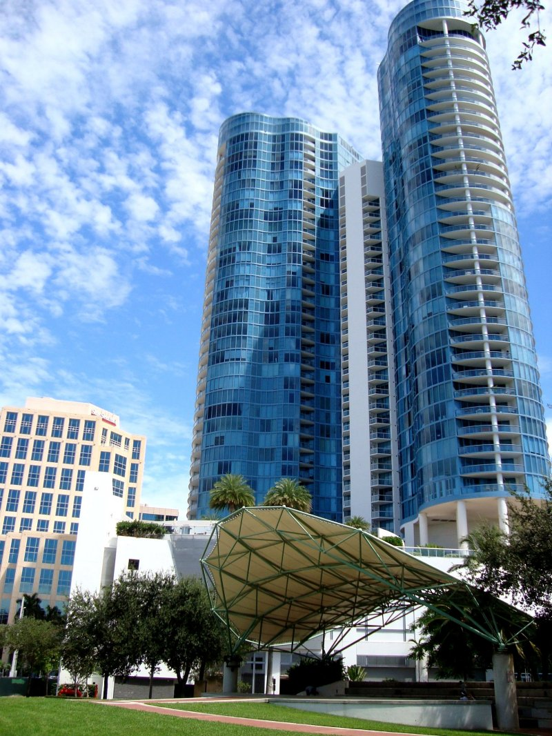 Las Olas Riverhouse condos For Sale