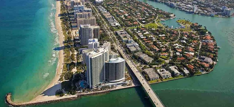 bal harbour real estate